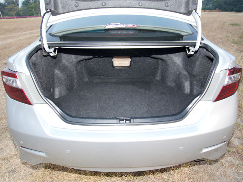 Toyota Camry Taxi Luggage Space