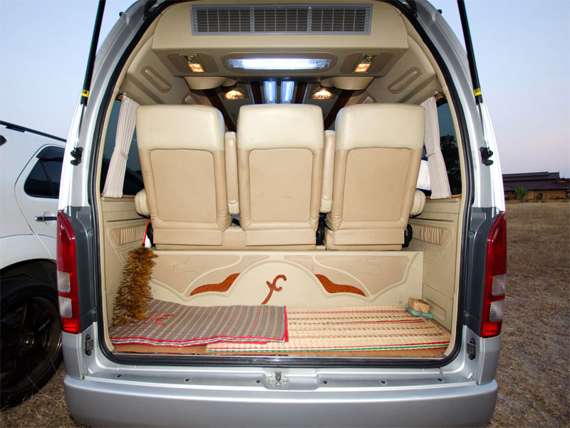 Toyota Hiace Taxi Luggage Space